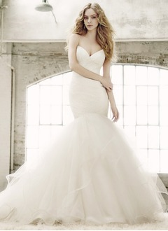 Trumpet/Mermaid Strapless Sweetheart Court Train Tulle Wedding Dress With Embroidered