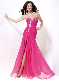 A-Line/Princess Strapless Sweetheart Sweep Train Chiffon Satin Homecoming Dress With Ruffle Beading Split Front