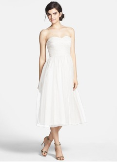 A-Line/Princess Strapless Sweetheart Tea-Length Tulle Bridesmaid Dress With Ruffle