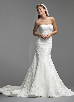 Trumpet/Mermaid Strapless Chapel Train Organza Wedding Dress With Appliques Lace