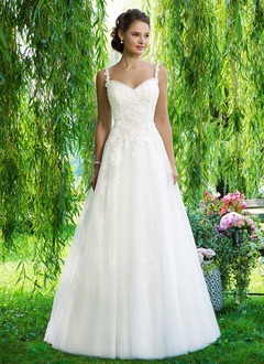 A-Line/Princess Sweetheart Chapel Train Tulle Wedding Dress With Beading Appliques Lace