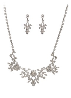 Elegant Alloy With Rhinestone/Crystal Ladies' Jewelry Sets