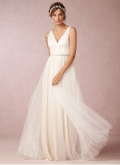 A-Line/Princess V-neck Sweep Train Tulle Wedding Dress With Lace Beading
