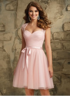 A-Line/Princess Sweetheart Knee-Length Tulle Lace Bridesmaid Dress With Ruffle (0075097726)