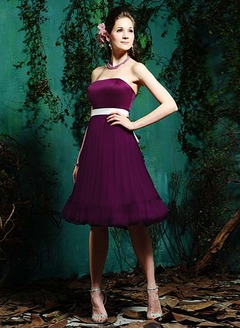 Empire Strapless Knee-Length Chiffon Satin Bridesmaid Dress With Sash Bow(s) Pleated