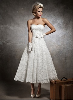 A-Line/Princess Strapless Sweetheart Ankle-Length Lace Wedding Dress With Flower(s)