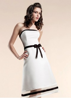 A-Line/Princess Strapless Knee-Length Organza Satin Bridesmaid Dress With Sash Bow(s)