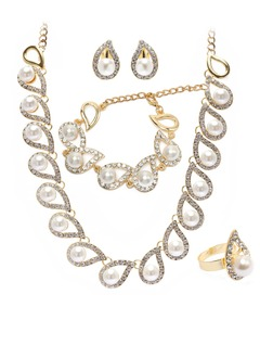 Fashional Alloy With Rhinestone/Imitation Pearls Ladies' Jewelry Sets