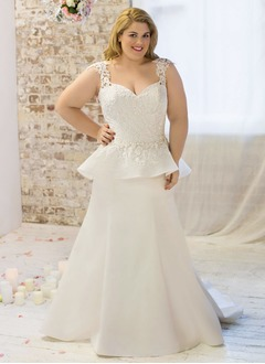 Trumpet/Mermaid Sweetheart Sweep Train Satin Wedding Dress With Lace