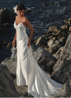 Trumpet/Mermaid Sweetheart Chapel Train Charmeuse Wedding Dress With Ruffle Lace Beading