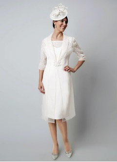 Sheath/Column Square Neckline Knee-Length Chiffon Mother of the Bride Dress With Appliques Lace (0085105207)