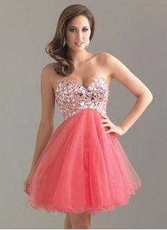 Empire Strapless Sweetheart Short/Mini Tulle Homecoming Dress With Beading