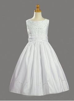 A-Line/Princess Scoop Neck Floor-Length Satin Flower Girl Dress With Ruffle Beading