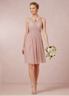 A-Line/Princess V-neck Knee-Length Tulle Bridesmaid Dress With Ruffle Bow(s)