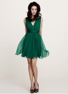 A-Line/Princess V-neck Short/Mini 30D Chiffon Cocktail Dress With Ruffle