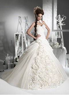 Ball-Gown Strapless Sweetheart Chapel Train Chiffon Wedding Dress With Ruffle Flower(s)