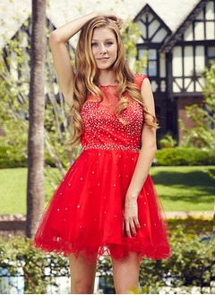 A-Line/Princess Sweetheart Scoop Neck Short/Mini Tulle Homecoming Dress With Beading