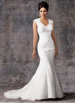 Trumpet/Mermaid V-neck Court Train Organza Lace Wedding Dress With Beading Crystal Brooch