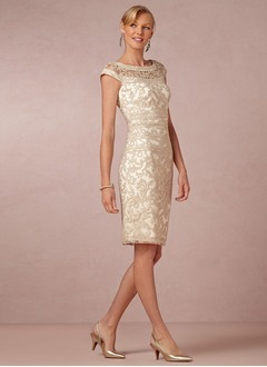 Sheath/Column Scoop Neck Knee-Length Lace Evening Dress