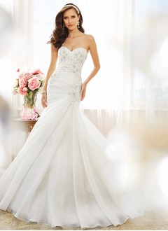 Trumpet/Mermaid Strapless Sweetheart Cathedral Train Organza Wedding Dress With Ruffle Beading Appliques Lace