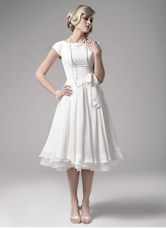 A-Line/Princess Scoop Neck Knee-Length Chiffon Wedding Dress With Bow(s)