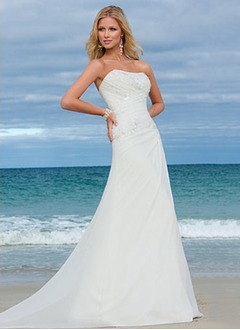 A-Line/Princess Strapless Sweep Train Chiffon Wedding Dress With Ruffle Appliques Lace