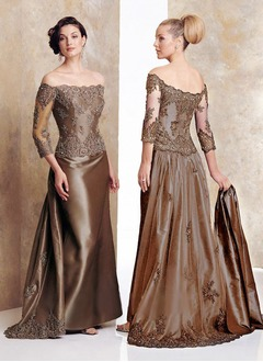 A-Line/Princess Off-the-Shoulder Sweep Train Taffeta Mother of the Bride Dress With Lace Beading