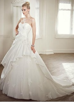Ball-Gown Strapless Sweetheart Chapel Train Taffeta Wedding Dress With Ruffle Lace Beading Flower(s)