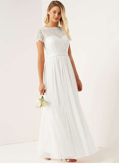 A-Line/Princess Scalloped Neck Floor-Length Tulle Bridesmaid Dress With Appliques Lace