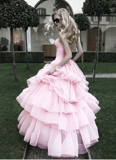 Ball-Gown Sweetheart Sweep Train Organza Wedding Dress With Cascading Ruffles