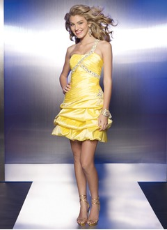 A-Line/Princess One-Shoulder Short/Mini Taffeta Homecoming Dress With Ruffle Beading Sequins