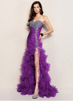 Trumpet/Mermaid Strapless Sweetheart Asymmetrical Organza Prom Dress With Beading Sequins Split Front Cascading Ruffles