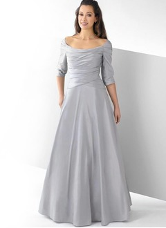 A-Line/Princess Scoop Neck Floor-Length Taffeta Mother of the Bride Dress With Ruffle