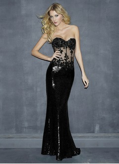 Sheath/Column Strapless Sweetheart Sweep Train Tulle Sequined Evening Dress With Appliques Lace