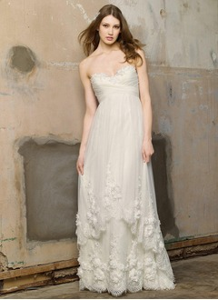 A-Line/Princess Sweetheart Sweep Train Satin Tulle Wedding Dress With Ruffle Beading Appliques Lace Flower(s)