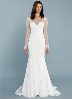Trumpet/Mermaid Scoop Neck Court Train Chiffon Wedding Dress With Lace