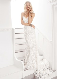 Sheath/Column Strapless Sweetheart Sweep Train Lace Wedding Dress