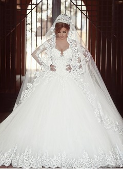 Ball-Gown Off-the-Shoulder Royal Train Tulle Lace Wedding Dress With Lace Beading Appliques Lace