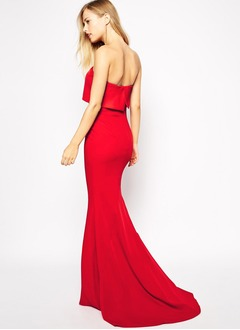 Sheath/Column Strapless Court Train Satin Evening Dress