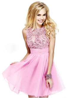A-Line/Princess Scoop Neck Short/Mini Tulle Evening Dress With Ruffle Beading Bow(s)