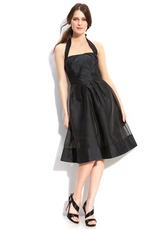 A-Line/Princess Halter Knee-Length Taffeta Organza Cocktail Dress With Ruffle Bow(s)