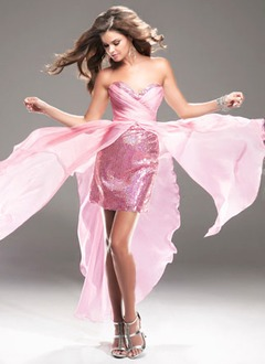 A-Line/Princess Strapless Sweetheart Asymmetrical Chiffon Sequined Homecoming Dress With Ruffle