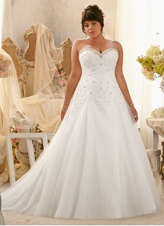A-Line/Princess Strapless Sweetheart Chapel Train Tulle Wedding Dress With Beading Appliques Lace