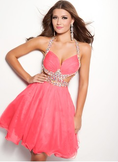 A-Line/Princess Halter Knee-Length 30D Chiffon Prom Dress With Ruffle Beading