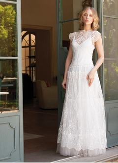A-Line/Princess Scoop Neck Floor-Length Lace Wedding Dress