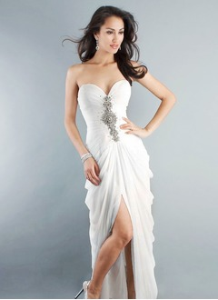 Sheath/Column Strapless Sweetheart Sweep Train Chiffon Evening Dress With Ruffle Beading Split Front