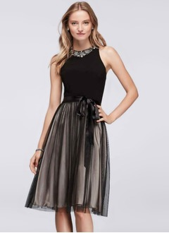 A-Line/Princess Scoop Neck Knee-Length Tulle Jersey Cocktail Dress With Beading