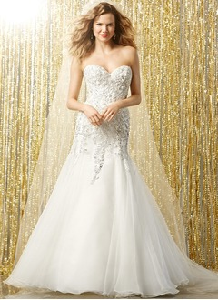 Trumpet/Mermaid Strapless Sweetheart Chapel Train Organza Wedding Dress With Lace Beading