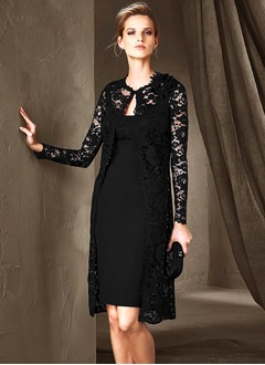 Sheath/Column Scoop Neck Knee-Length Lace Mother of the Bride Dress With Lace Flower(s)