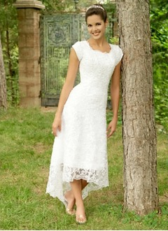 A-Line/Princess Scoop Neck Asymmetrical Lace Wedding Dress (0025107319)